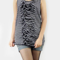 JOY DIVISION Unknown Pleasures Vintage Rock Black Stripes Shirt Tank Top Women T-Shirt Tunic Top Singlet Vest Women Shirt Sleeveless Size M