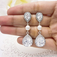 Bridesmaid Wedding Earrings Bridal Jewelry Clear White LUXE (L) Tear Drops with White Swarovski Pearls and CZ Posts Earrings