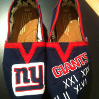 New York Giants NFL Hand Painted Toms With Original Tags