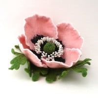Felt brooch pale pink Poppy with green leaves