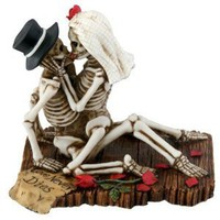 Skeleton Figurine - Love Never Dies