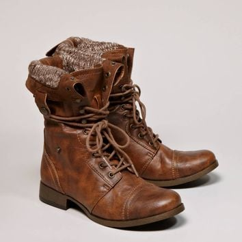 AEO Lace-Up Boot | American Eagle Outfitters