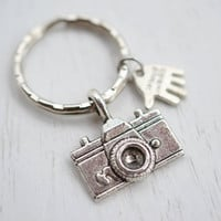 Camera Charm Keychain Keyring,Photography Keyring,Photographer Accessory,Antique Silver Camera Keychain,Bag Accessory Key Chain, Handmade