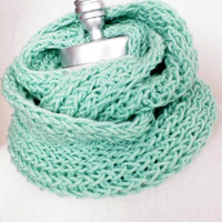 Mint Green Scarf, Infinity Scarf, Knit Fall Scarf, Loop Scarf, Mobius Scarf, Fashion Knitwear, Fall Essentials,