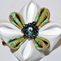 White and green grosgrain ribbon kanzashi hair flower clip