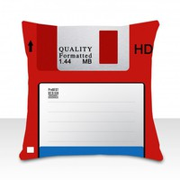 piiqshop - Market Place - cushion floppy disk red
