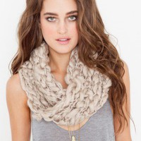 Twisted Infinity Scarf - NASTY GAL