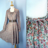 Vintage 1970s Dress / Prairie Hippie Floral Dress