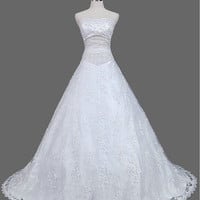 A-line/Princess Strapless Chapel Train Satin Tulle  Wedding Dresses With Embroidery Lace Beading