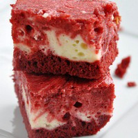 YuMMy things... / Red Velvet Swirl Cheesecake Brownies.