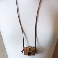 Wooden Camera Necklace – Follow