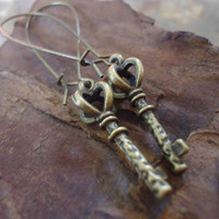 BRONZE KEY  XL Kidney Hooks  Earrings by AsaiBolivien on Etsy 6,90 US$