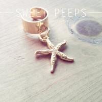 Gold Star Fish Ear Cuff