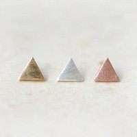 Tiny textured triangle earrings / choose your color / by laonato