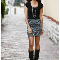 BLACK AND GREY AZTEC PRINT SKIRT