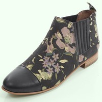 Floral Boots! Obsessed!!