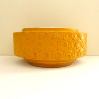 McCoy Scandia Planter, Mustard Yellow, 1970s Modern Pottery