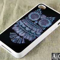 Owl Symbol iPhone 4 iPhone 4S Case, Rubber Material Full Protection