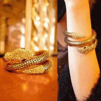 Diamond Cobra Fashion Arm Cuff | LilyFair Jewelry