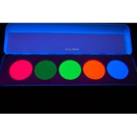 Amazon.com: Kryolan Dry Rouge & Contour UV Dayglo Makeup Palette (5196): Everything Else