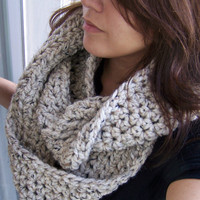 Chunky Infinity Scarf- Oatmeal