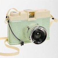 Lomography Mint Diana + Dreamer Camera