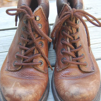 Vintage G.H. Bass & Co. Brown 90s Waterproof Leather Lace Up Grunge Granny Work Hiking Boots Size 7 M