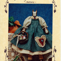 Fruitfull Hands Pattern - Bethany. 17 inch Folk Art Cat