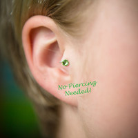 Marimo Right-Ear Crystal Tragus Cuff Green Austrian Swarovski Crystal Silver Ear Cuff wire earring alternative