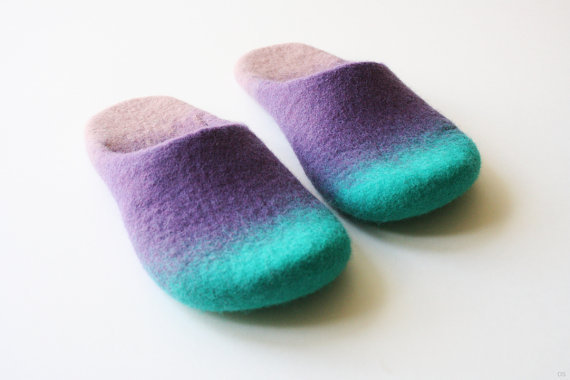 "Chewing""  Felted wool slippers in unisex style Handmade to order"