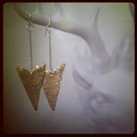 Hammered brass arrowhead earrings