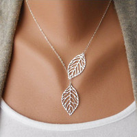 Silver Leaf Necklace, Leaf Pendant, Silver Lariat Necklace, Filigree Leaf Jewelry, Skeleton Leaf, Woodland Jewelry, Leaves, leaf charm  N-2