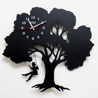 Tree Wall Clock Where Childhood Memory Gets Inspired