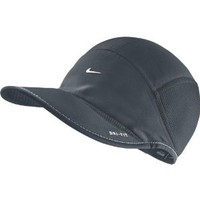 NIKE Women's Daybreak All Weather Running Cap Black