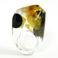 Clear resin ring with amber gold and black resin by sisicata