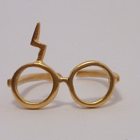 Harry Potter Lightning glasses ring.