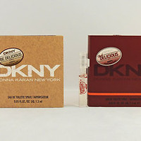 DKNY BE DELICIOUS RED DELICOUS FOR MEN 1.5ml .05fl oz x 1 EACH SAMPLE TRY BOTH