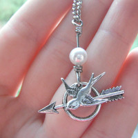 The Hunger Games  Katniss Mockingjay Pin Archery by JCVision