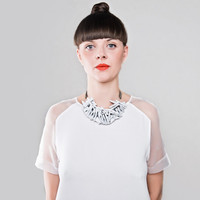 L1 / triangular white leather and metal necklace