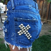 ON SALE High waisted Levi cross studded denim shorts