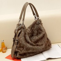 Leisure Fashion Retro Cocoa Fur Handbags : Wholesaleclothing4u.com