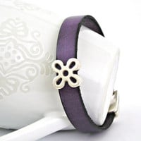 Phlox leather bracelet by TyssHandmadeJewelry on Etsy