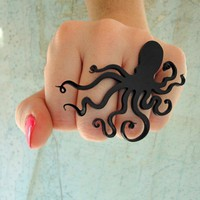 An Octopus Love Affair Ring