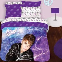 "Amazon.com: Justin Bieber "" Star Burst "" Comforter Set Full / Queen Size 3pc: Home & Kitchen"