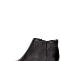 Steve Madden Praque Black Leather Studded Cap-Toe Ankle Booties