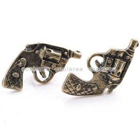 2PCS Vintage Punk Rock Gothic Bronze Vivid Gun Pistol Ear Studs Earrings Jewelry