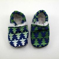 Christmas Shoes for Tiny Feet,  0-3 Months, in Fir Trees