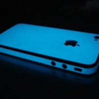 SlickWraps Vivid Blue Glow for Apple iPhone 4 &amp; iPhone 4S - Full Body Wrap