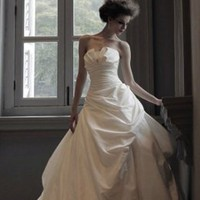 Elegant Ladies Pleated Wedding Dresses : Wholesaleclothing4u.com