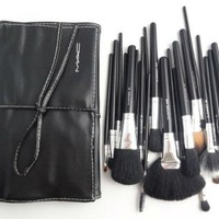 MAC Cosmetics Professional Brush Set 24 piece with Case